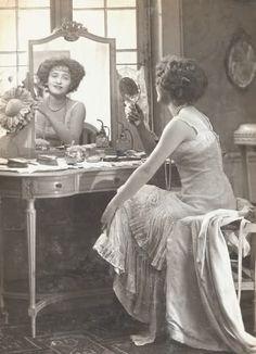Gaby Deslys. Circa 1919