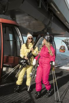 Winter Suit, Winter Gear, Snow Suit, Ski And Snowboard, Canada Goose Jackets, Skiing, Cool Style, Overalls, Winter Jackets