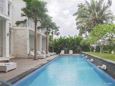 The Sunti Ubud Hotel Bali - Hotel Exterior  ini lumayan affordable tp nothing special  gak ada view lembahnya