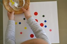 Dot sticker art - fine motor skills- 1 year old can enjoy put bold colored stickers on paper and peeling them off Bee Activities, Creative Activities For Kids, Montessori Activities, Infant Activities, Montessori 12 Months, Montessori Classroom, Montessori Toddler, Toddler School, Toddler Fun