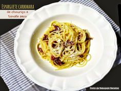 Spaghetti Carbonara with sausage and dried tomatoes