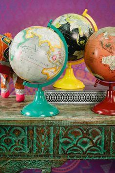 ☆ the happy wanderer : globe Globe Decor, Globe Art, Map Globe, Vintage Globe, Vintage Maps, Carriage Clocks, World Globes, What A Wonderful World, Cartography