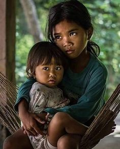 Children Precious Children, Beautiful Children, Beautiful People, Photography Lessons, World Photography, Population Du Monde, Post Mortem Photography, Bless The Child, World Of Tomorrow