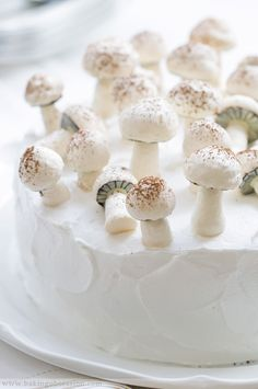 little mushrooms sweets dessert treat recipe chocolate marshmallow party munchies yummy cute pretty unique creative food porn cookies cakes brownies I want in my belly ♥ ♥ ♥