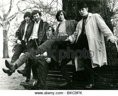 THE PRETTY THINGS - UK rock group in 1964 from l: John Stax, Dick Taylor, Brian Pendelton, Phil May, Viv Prince Stock Photo