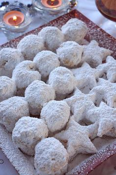 Kitchen Stories: Kourabiedes of New Karvali Greek Sweets, Greek Desserts, Greek Recipes, Desert Recipes, Christmas Recipes For Kids, Christmas Dishes, Christmas Cooking, Cookbook Recipes, Sweets Recipes