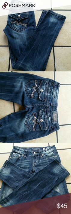 Miss me jeans size 26 33 inseam. In EUC. No stains or flaws. Any questions please ask! Miss Me Jeans
