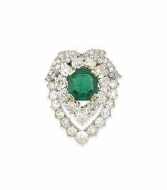 Cartier: AN EMERALD AND DIAMOND BROOCH