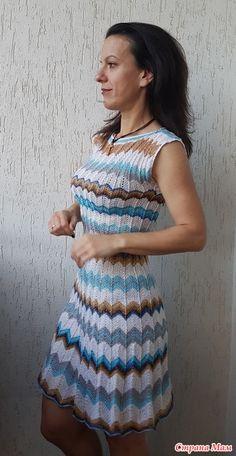 Здравствуйте! Связала платье в стиле Миссони из остатков - хлопок, АлизеДива и люрекс. Спицы 3 мм и 2.5 мм.