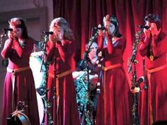 """Mediæval Bæbes - 'I Saw Three Ships' from their album """"Of Kings & Angels"""" - YouTube"""