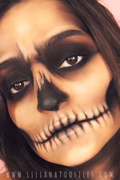 Maquillage Halloween Vampire, Maquillage Halloween Simple, Halloween Makeup Vampire, Zombie Makeup, Helloween Make Up, Helloween Party, Unique Halloween Makeup, Halloween Looks, Halloween Skeleton Makeup