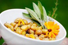 Stekte poteter med hvitløk og salvie