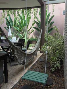 24 Beautiful Side Yard And Backyard Gravel Garden Design Ideas sideyardandbackyard sideyardandbacky - New ideas Backyard Projects, Backyard Patio, Backyard Landscaping, Garden Landscape Design, Outdoor Living, Outdoor Decor, Back Patio, Patio Design, Beautiful Homes