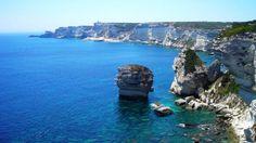 Córsega, é a quarta maior ilha do Mar Mediterrâneo por extensão. Localiza-se a oeste da Itália, na zona geográfica italiana, constituindo uma região administrativa da França. É dividida em dois departamentos: Alta Córsega e Córsega do Sul.
