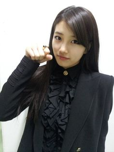 HD kpop pictures and gifs. Miss A Kpop, Ryu Won, Korean Celebrities, Celebs, Miss A Suzy, Bae Suzy, Female Actresses, Blackpink Fashion, Most Beautiful Women