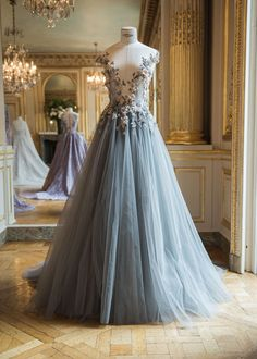 australian-couturier-paolo-sebastian-adelaide / blue full tulle gown with floral bodice