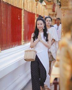 TJJ (@toeyjarinporn) • รูปและวิดีโอ Instagram Thai Fashion, Thai Dress, Trouser Pants, Silk Dress, Casual Chic, Actors & Actresses, Style Me, Minimalist Outfits, Thai Thai