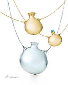 Tiffany OFF! Elsa Peretti Bottle Pendants for Tiffany Co Tiffany Necklace, Tiffany Jewelry, Elsa Peretti, Jewelry Box, Jewelery, Unique Jewelry, Delicate Jewelry, New Jewellery Design, Designer Jewellery