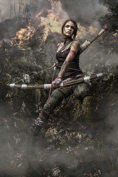 Cosplay cinematográfico (y muy espectacular) de Lara Croft entre llamas