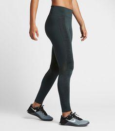 57862192e7c09 The Legging Trend No One s Wearing Anymore via  WhoWhatWear Mallas De Moda