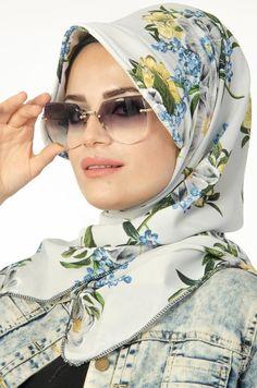 Diy Storage Ideas For Small Bedrooms, Hijab Trends, Hijab Fashionista, Moda Emo, Suit Up, Hijab Tutorial, Updo, Mode Hijab, Head Wraps