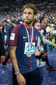 Soccer Guys, Football Boys, Best Football Players, Soccer Players, Neymar Brazil, Neymar Jr Wallpapers, Paris Saint Germain Fc, Neymar Psg, Bad Boy Style