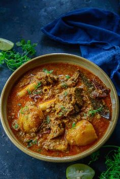 Make this super delicious Punjabi Mutton Curry just like a local. This curry is spicy, loaded with flavours and very easy to make. Here is how to make Punjabi Mutton Curry Recipe. Lamb Recipes, Curry Recipes, Indian Food Recipes, New Recipes, Cooking Recipes, Ethnic Recipes, Recipies, Mutton Curry Recipe, Punjabi Food