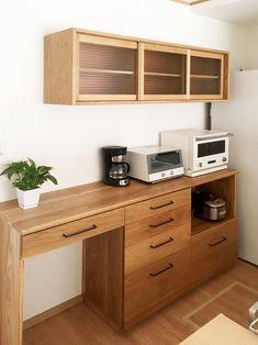 オーダー家具・食器棚、カップボード/関東・神奈川 Kitchen Inspirations, Apartment Dining Room, Kitchen Collection, Home Kitchens, Crockery Cabinet, Kitchen Sets, Kitchen Dining Living, Kitchen Sink Design, Kitchen Design Small