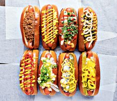 These hot dogs are a culinary grand slam for the baseball season Hot Dog Toppings, Gourmet Hot Dogs, Dc Food, Burger Dogs, Hot Dog Bar, Chili Dogs, Good Food, Yummy Food, Tasty