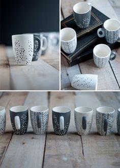 Painted Cups using martha stewart paint Fine Porcelain, Porcelain Ceramics, Ceramic Pottery, Pottery Art, Ceramic Painting, Diy Painting, Ceramic Art, Pottery Painting Designs, Pottery Designs