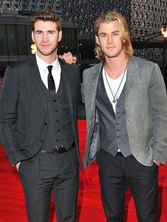 Best Celeb Quotes This Week Liam and Chris Hemsworth.Liam and Chris Hemsworth. Luke Hemsworth, Hemsworth Brothers, Pretty People, Beautiful People, Snowwhite And The Huntsman, Hot Guys, Elsa Pataky, Don Juan, Celebrity Crush