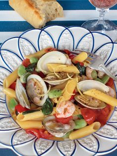 Seafood pasta with vegetables; Veranda.com
