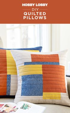 Add a touch of retro flair to your home with comfy quilted pillows. Diy Projects Videos, Sewing Projects, Diy Pillows, Throw Pillows, Nautical Bathrooms, Quilted Pillow, Diy Home Decor, Comfy, Diy Crafts