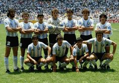 The 1986 Argentina National Team and FIFA World Cup Champions! Football Squads, Best Football Team, Football Shirts, World Cup Champions, Uefa Champions League, Soccer World, World Football, Argentina Football Team, Argentina Soccer