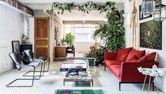 As peculiaridades desse tipo de imóvel exigem soluções que ajudem a integrar os ambientes, encontrar lugar para guardar objetos, levar luz e ar ao interior, além de abrir espaço para o verde e o lazer. Selecionamos propostas inspiradoras