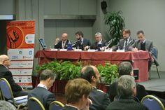 A sinistra il nostro CEO, l'Ing. @Alberto Del Campo Muritano al tavolo dei relatori, qualche minuto prima dell'intervento Posytron al Mobile Summit 2014