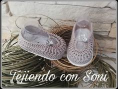 Crochet Circles, Crochet Squares, Baby Boots, Baby Accessories, Crochet Baby, Free Pattern, Clothes, Fashion, Baby Sandals