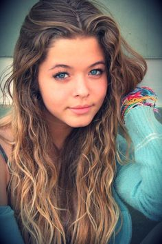 Find images and videos about hair, pretty little liars and pll on We Heart It - the app to get lost in what you love. Sand Brown Hair, Pretty Litle Liars, Pretty Girls, To Infinity And Beyond, Brown Hair Colors, Belle Photo, Pretty Hairstyles, Pretty People, Amazing People