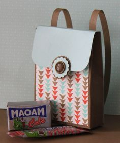 Süßer Schulranzen, gefertigt mit dem Envelope Punchboard! #stampinup