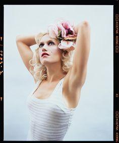 Gwen Stefani by Lorenzo Agius