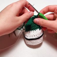 Crochet Baby Sandals, Booties Crochet, Crochet Baby Clothes, Newborn Crochet, Crochet Shoes, Crochet Slippers, Knitted Baby Boots, Knit Baby Shoes, Baby Booties Knitting Pattern