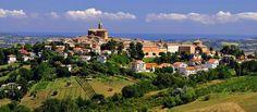 Vista panoramica di Montecarotto da Poggio San Marcello