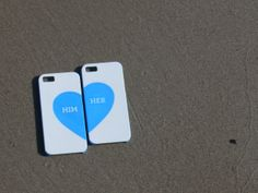 Couple phone case and perfect gift for your beloved ones. The Printables offers this case on www.theprintables.net. It´s 3D printed!