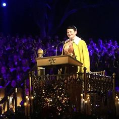 The beautiful #GinniferGoodwin at last night's Disney Candlelight Processional... What a magical evening! Truly stunning in every way! Love you, G! @disneyland ... ❤️
