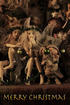 Figures by Wendy Froud, Photography by Toby Froud.  ADORABLE!  I have one of her fairy figures from a ComicCon year...wish I had more