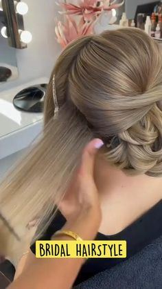 Prom Hairstyles For Short Hair, Bride Hairstyles, Homecoming Updo Hairstyles, Short Hair Updo Easy, Medium Hair Styles, Short Hair Styles, Wedding Hairstyles Tutorial, Hair Upstyles, Bridal Hair Updo