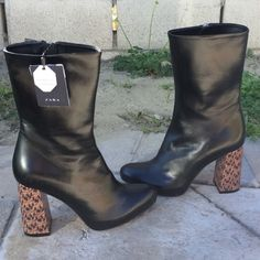 Zara Authentic Leather Booties Super cute Zara Shoes Ankle Boots & Booties
