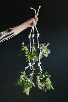 Save Your Fresh Herbs For A Rainy Day By Hanging Them To Dry On This Diy Herb Drying Rack. Get The Full Tutorial At Herb Drying Racks, Drying Herbs, Garden Tool Storage, Garden Tools, Herb Garden, Do It Yourself Crafts, Crafts To Make, Homemade Gifts, Diy Gifts