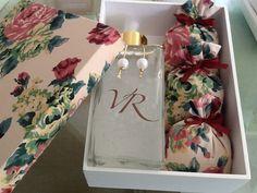 Caixa com home spray e sachets perfumados