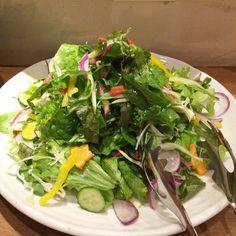 熊本産有機野菜のオーガニックフレッシュサラダ #vegan #vegetarian #vegansofjapan #veganosaka #osaka #ヴィーガン #ベジタリアン #ビーガン #動物性不使用 #完全菜食 #菜食 #大阪 (Natural BAR  Paprika Vegan Dining  )